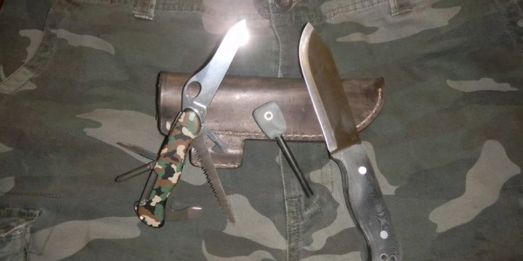 3. case hunter trapper
