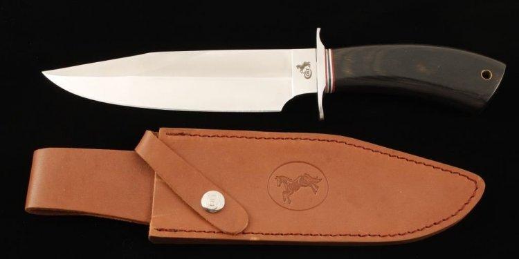 Colt Bowie Knife. Loading zoom