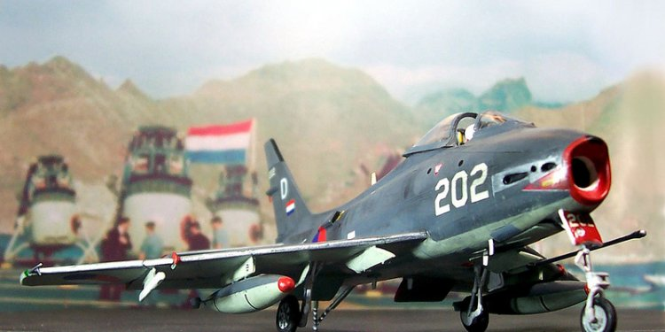 1:72 North American FJ-4B Fury; aircraft 202, 860th Squadron, Netherlands Marine-Luchtvaartdienst/MLD;...
