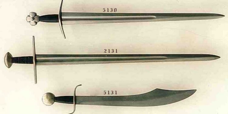 Medieval swords, Swords and