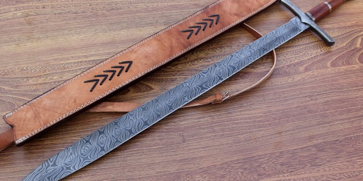 Damascus Knife Custom Handmade