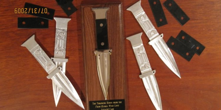 Case Throwing Knives