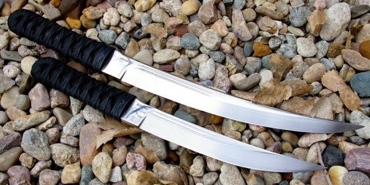 Full tang short Sword