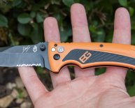 Gerber Knife Survival